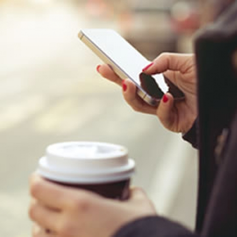 Why should your business be investing in company mobile phones?